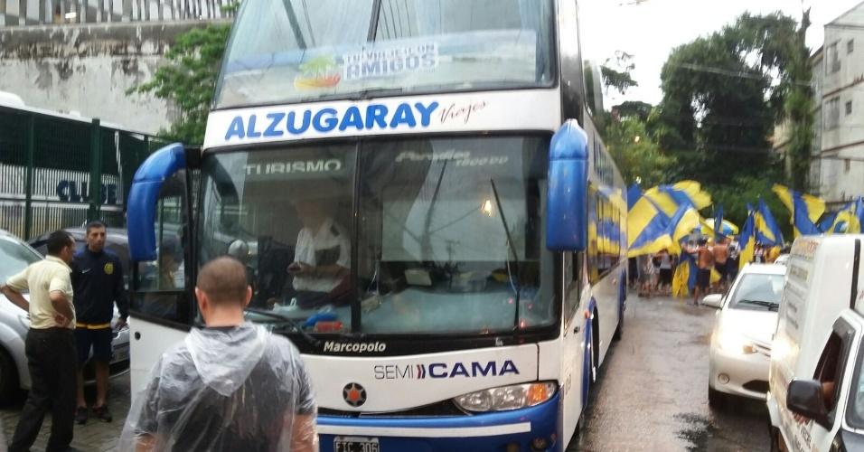 Alguns torcedores do Rosario Central chegaram a São Paulo de ônibus