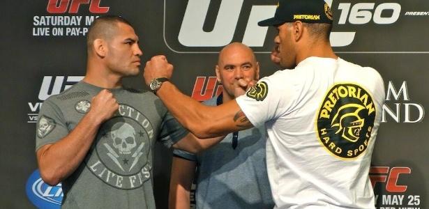 Cain Velasquez e Pezão se encaram antes da revanche, agora valendo o cinturão no UFC 160