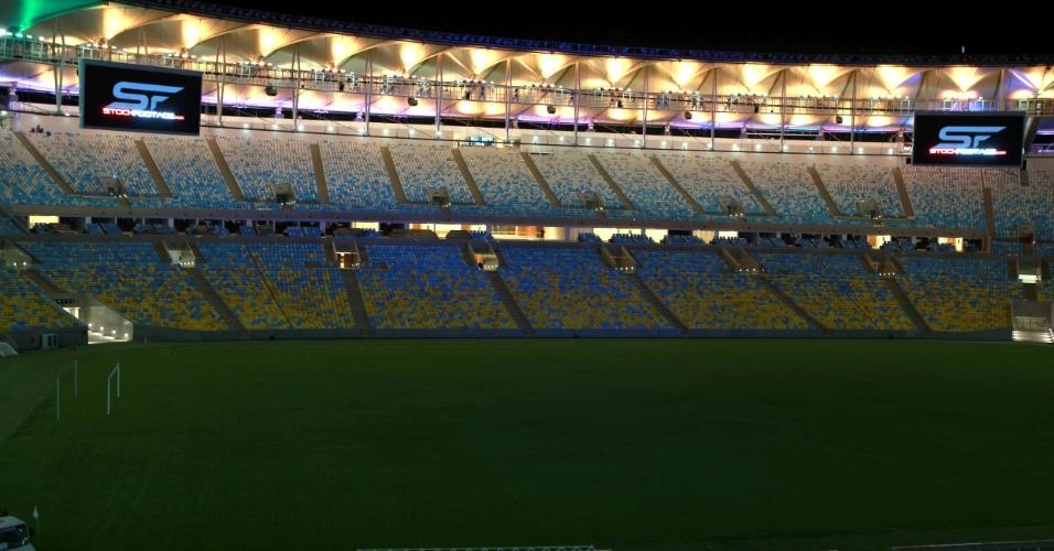 24/5/204: Iluminação colorida refletida na cobertura do Maracanã é capaz de gerar mais de cem tonalidades