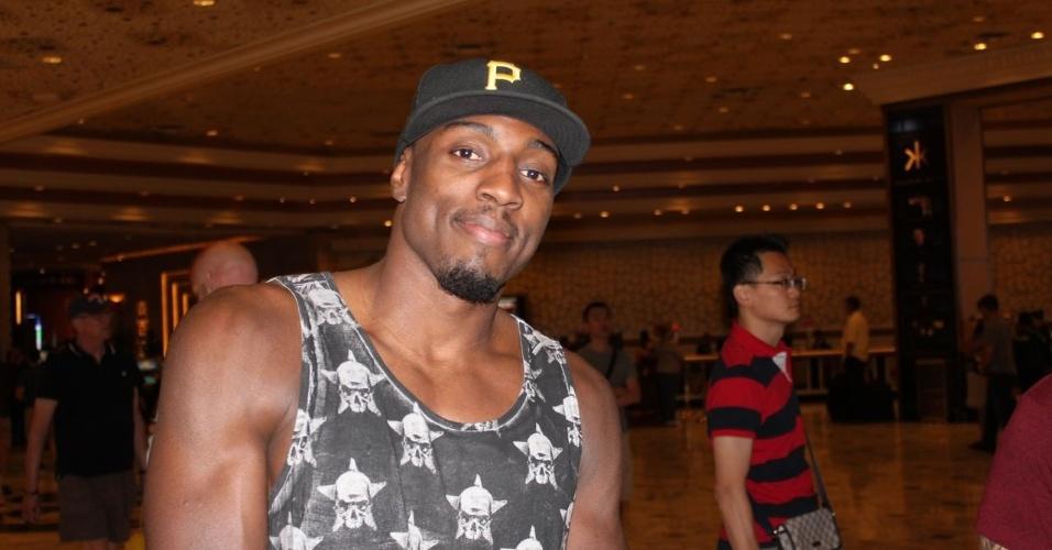 25.mai.2013 - Phil Davis, lutador do UFC, marca presença em Las Vegas para o UFC 160