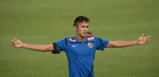 Neymar assinará contrato de cinco anos com o Barcelona nesta segunda-feira