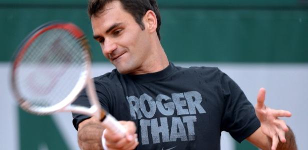 Federer se prepara para o Aberto da França após o vice-campeonato em Roma para Nadal