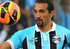 Botafogo evita tratar Barcos como carrasco, mas exalta atacante do Grêmio