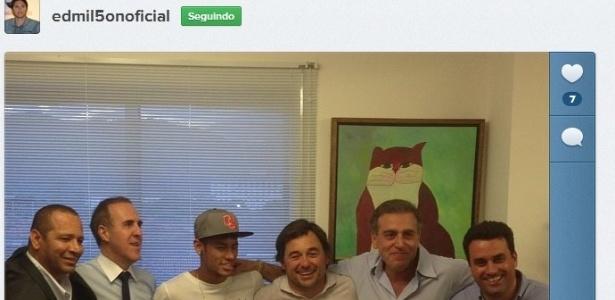 Edmilson divulga foto da reunião do estafe do Neymar