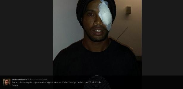 Ronaldinho após passar pelo oftalmologista