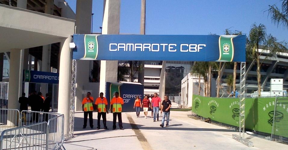Entrada de camarote da CBF (Confederação Brasileira de Futebol) no Maracanã
