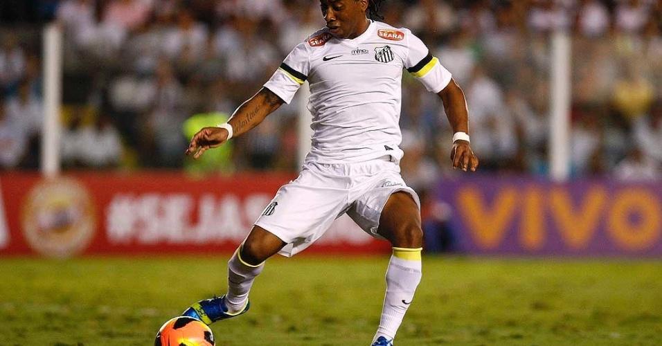 Santos ainda não fechou com o patrocinador master para sua camisa em 2013