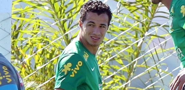Após exame realizado, Leandro Damião foi cortado da seleção brasileira e será substituído por Jô