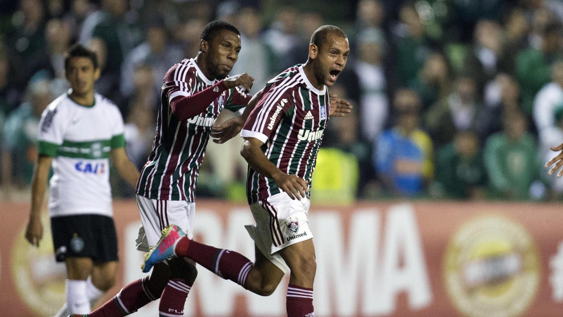 06.06.13 - Carlinhos comemora gol do Fluminense contra o Coritiba pelo Brasileirão