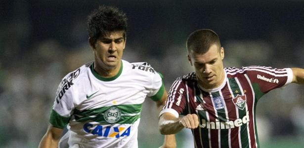 Wagner (d) atuou pelo Cruzeiro e não torcerá pelo Atlético-MG na final desta quarta