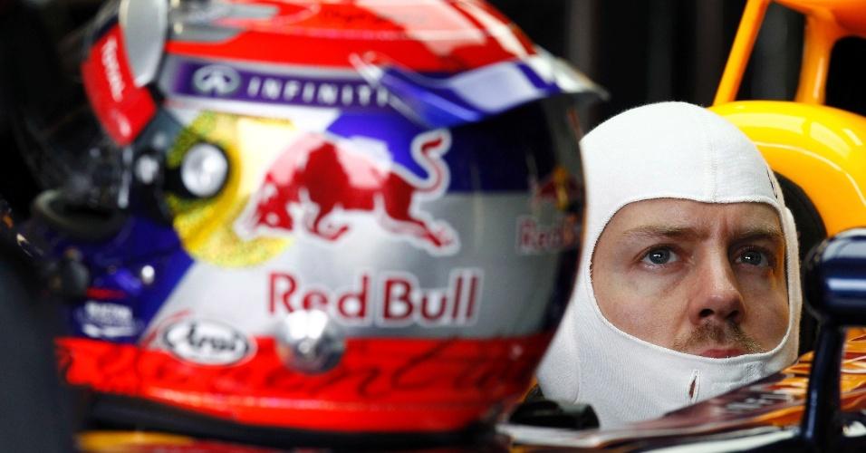 07.jun.2013 - Vettel se prepara para entrar na pista no segundo treino livre desta sexta-feira no Canadá