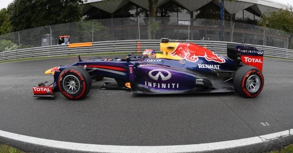 Campeão Sebastian Vettel fez o 5º tempo no treino livre de sábado