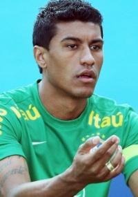 Saída do Corinthians: Paulinho está perto do Tottenham, admite cartola