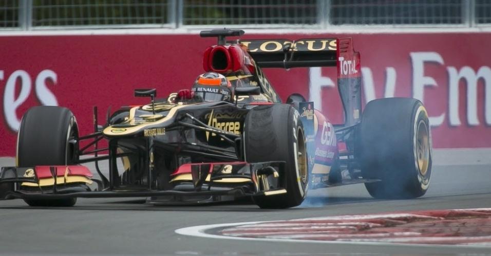 Kimi Raikkonen, da Lotus, em treino no circuito Gilles Velleneuve
