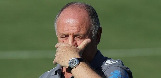 O técnico da seleção brasileiras Luiz Felipe Scolari não quis comentar os protestos no país