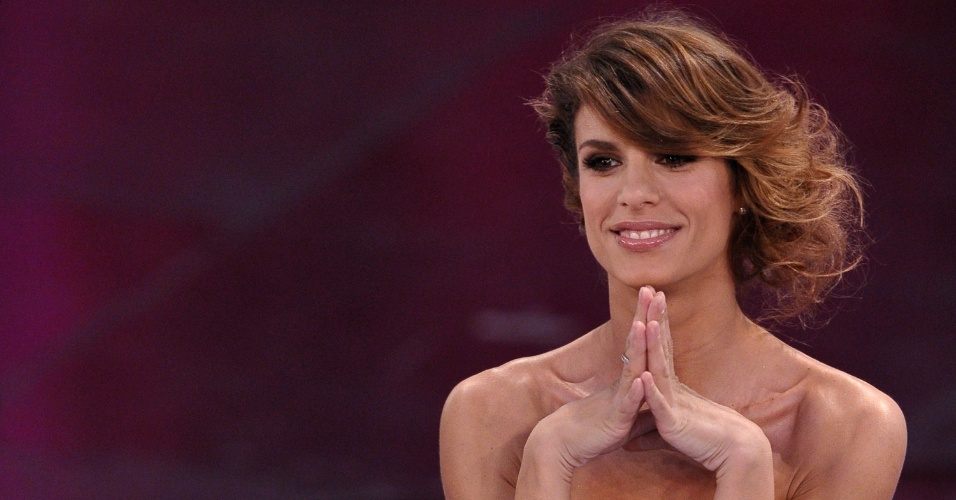 13.jun.2013 - Elisabetta Canalis, ex-namorada de Reginaldo