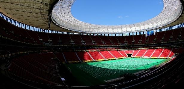 Estádio Mané Garrincha, em Brasília: custo é duas vezes e meia maior que previsão original