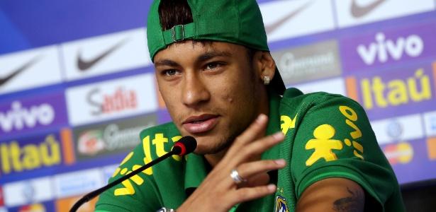 Neymar em sua primeira entrevista na preparação: desculpas da assessoria