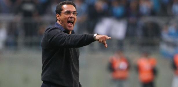 Vanderlei Luxemburgo orientou o Grêmio pela última vez contra o São Paulo