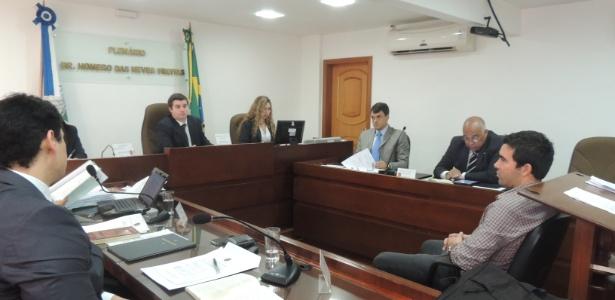 Meia Deco, do Flu, responde por caso de doping no banco dos réus do TJD-RJ