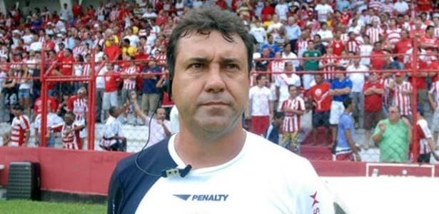 A passagem de Zé Teodoro como técnico do Náutico durou somente sete jogos oficiais