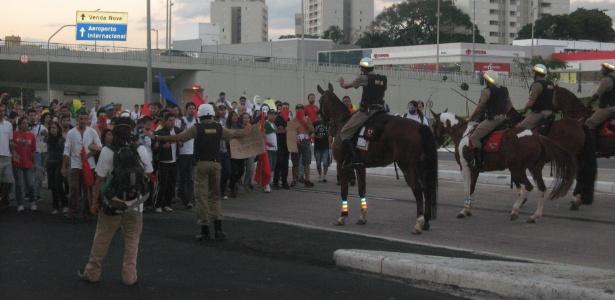 Manifestação em BH levou grande número de pessoas às ruas e houve confronto com a PM