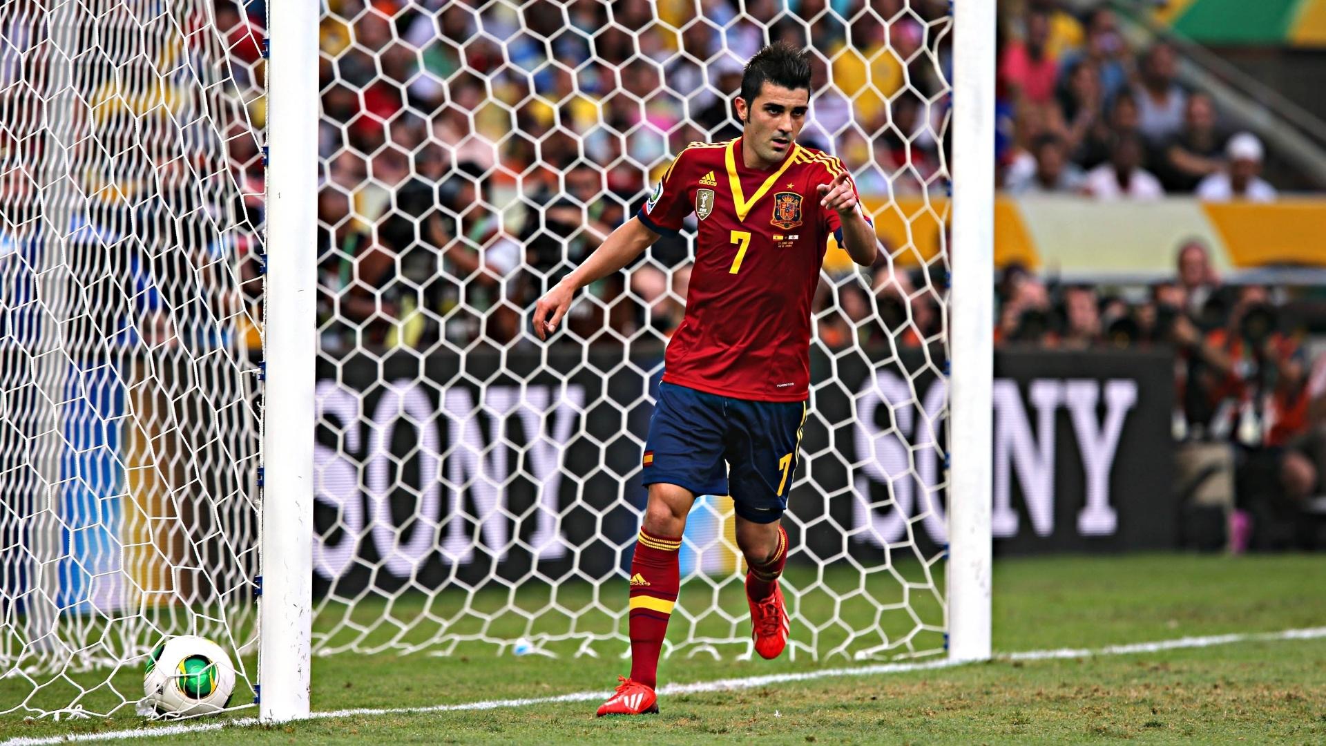 20.junho.2013 - David Villa comemora seu gol contra o Taiti
