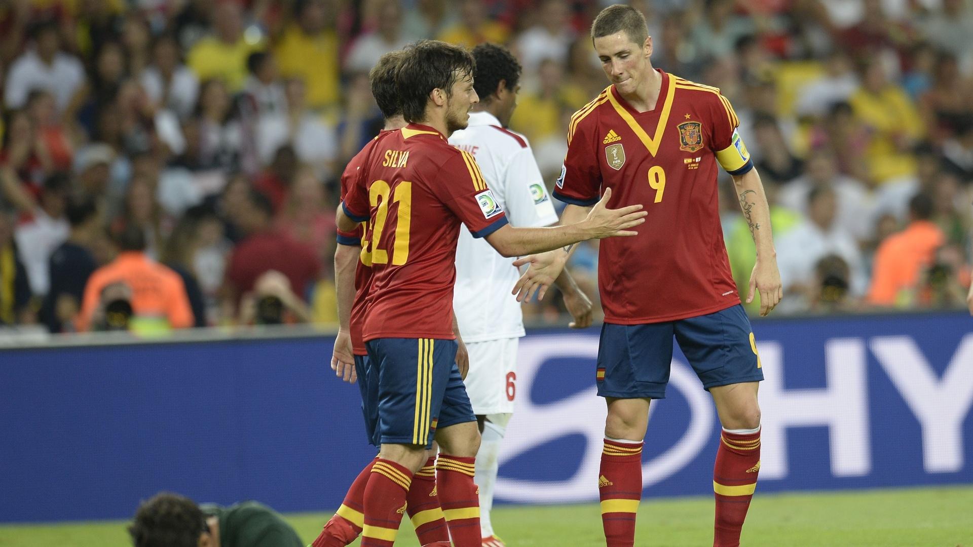 20.junho.2013- Jogadores da Espanha comemoram mais um gol contra o Taiti
