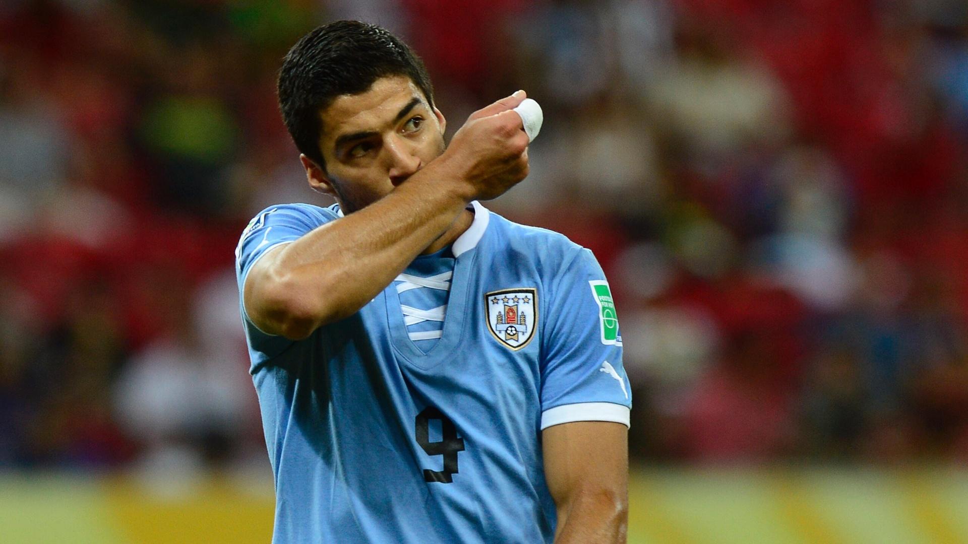 Loustau arbitrará Perú-Uruguay y Arias Uruguay-Colombia