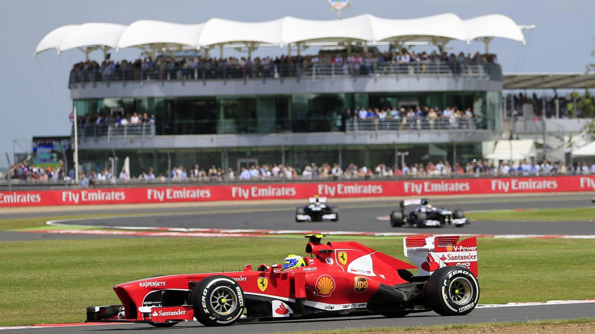 30.jun.2013 - Apesar de pneu estourado no começo da prova, Felipe Massa terminou o GP da Inglaterra na sexta posição