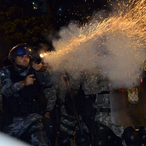 AFP PHOTO / YASUYOSHI CHIBA
