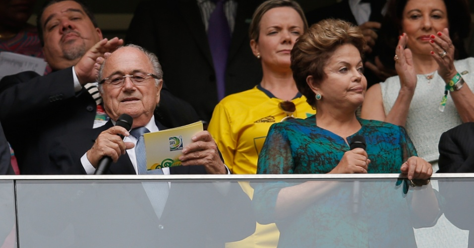15.jun.2013 - Presidente Dilma Rousseff discursa na abertura da Copa das Confederações em Brasília