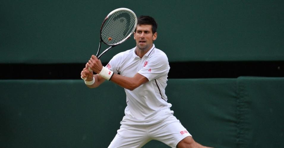 Djokovic se esforça para evitar ponto de Haas em Wimbledon