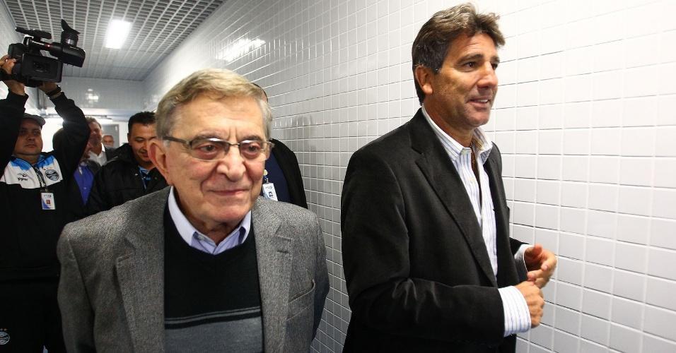 Fábio Koff e Renato Gaúcho na Arena em apresentação do treinador (02/07/2013)