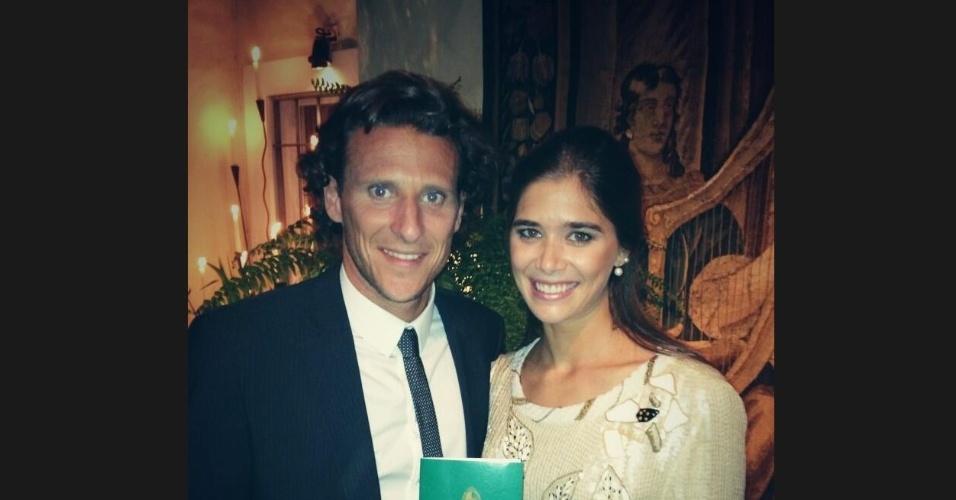 Forlan se casa com Paz Cardoso