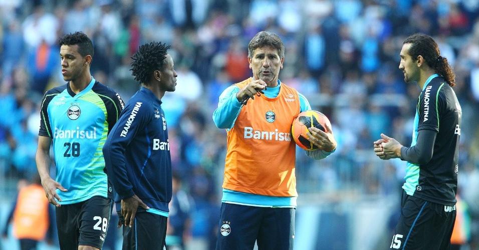 Renato Gaúcho comanda treinamento e terá primeiro teste no comando do Grêmio