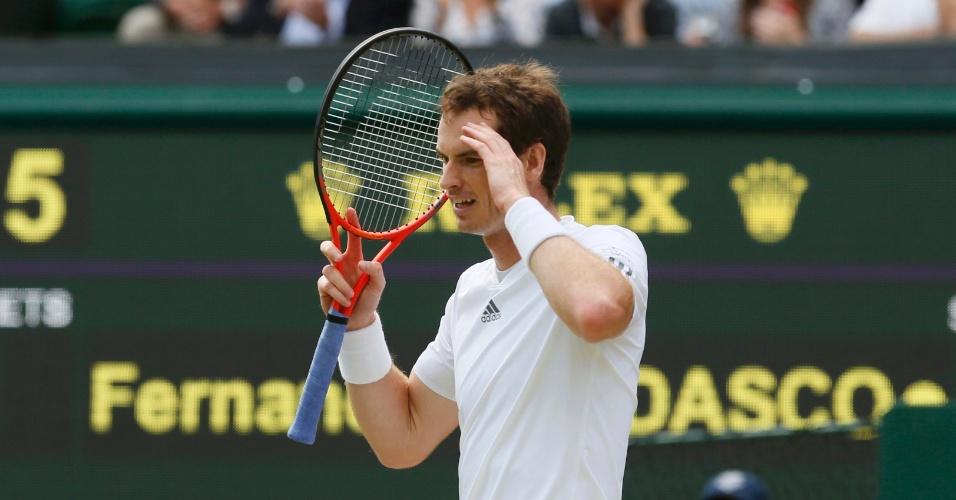 03.jul.2013 - Andy Murray lamenta erro durante a partida contra Fernando Verdasco nas quartas de final de Wimbledon