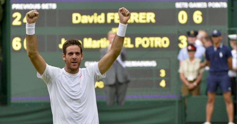 03.jul.2013 - Juan Martín Del Potro bateu David Ferrer em três sets e se garantiu nas semifinais em Londres