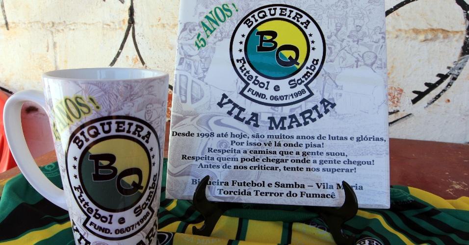 A equipe Biqueira, da série B da Copa Kaiser, completou 15 anos neste sábado e fez um kit em comemoração ao aniversário