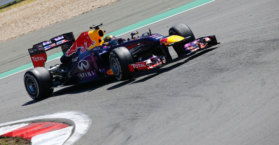 07.jul.2013 - Sebastian Vettel lidera o Grande Prêmio da Alemanha