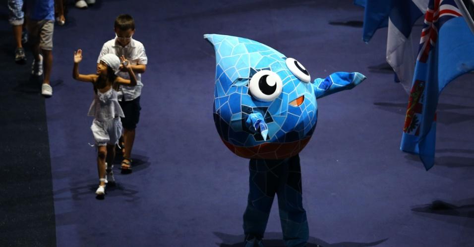 19.jul.2013 - XOP, a gota d'água que é a mascote do Mundial de Esportes Aquáticos, é vista durante a cerimônia de abertura em Barcelona
