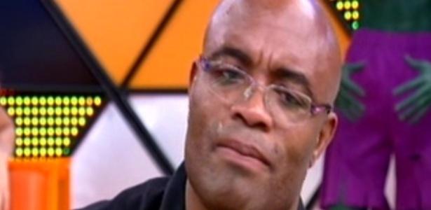 Anderson Silva chora me programa da Record