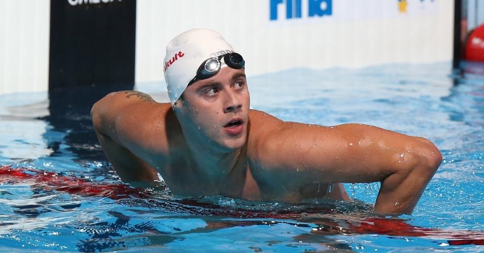 31.jul.2013 - Thiago Pereira confere seu tempo; ele avançou à final dos 200 m medley no Mundial de Barcelona