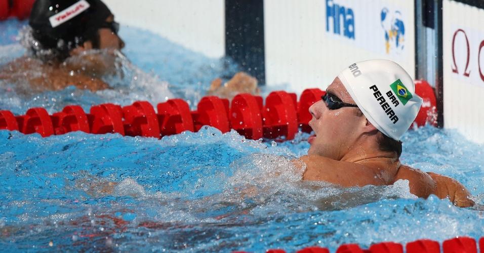1.ago.2013 - Nos 200 m medley, Thiago Pereira perdeu a medalha de prata na batida de mão para o japonês Kosuke Hagino
