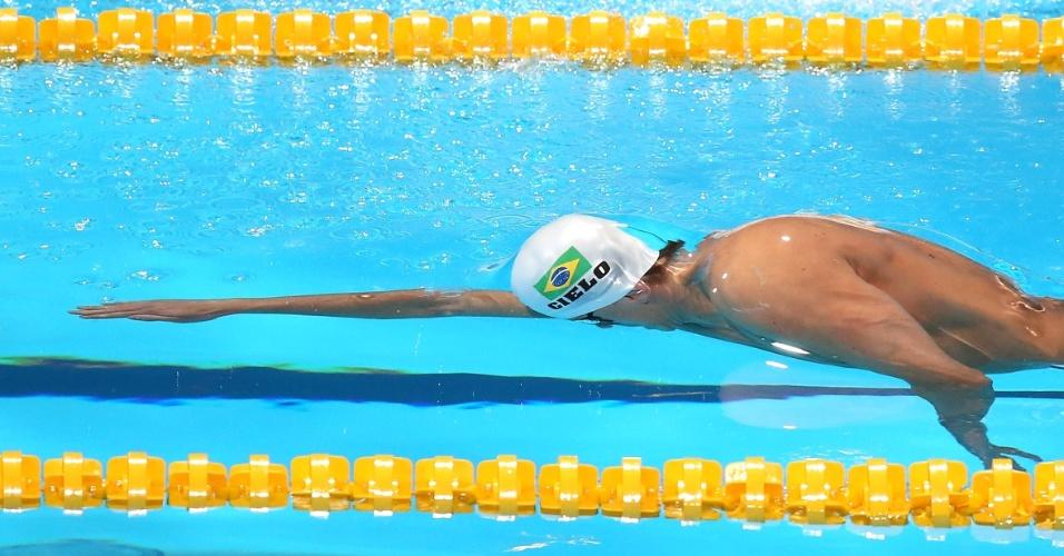2.ago.2013 - César Cielo nada os 50 m livre; ele fez o 2° melhor tempo das eliminatórias