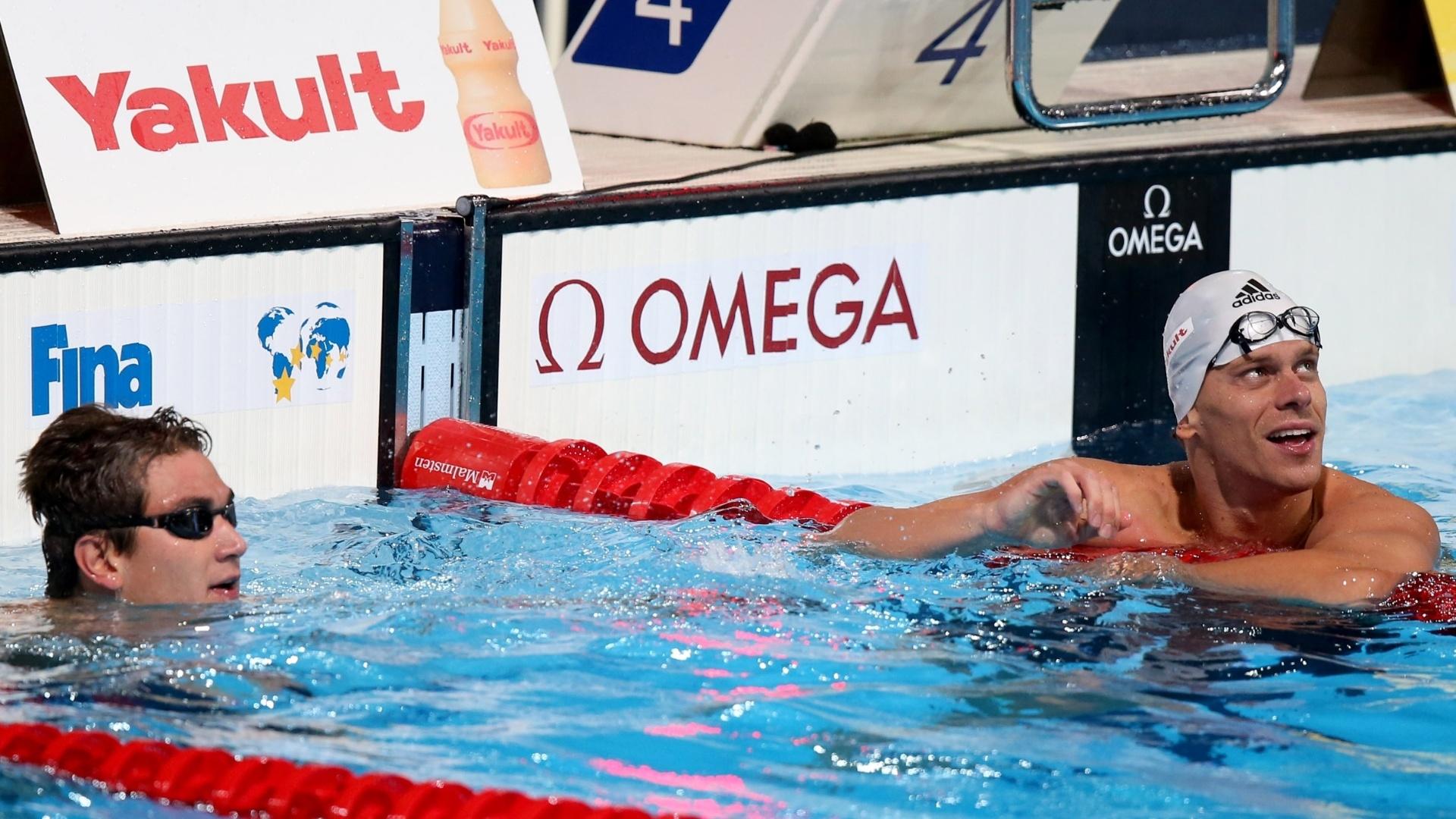 2.ago.2013 - O americano Nathan Adrian e César Cielo empataram na semifinal dos 50 m livre
