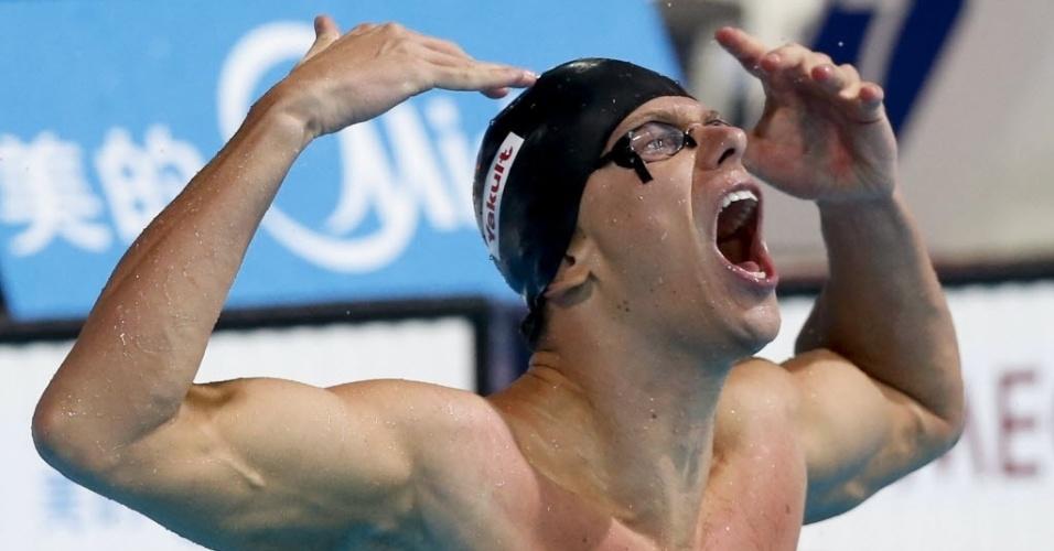 03.ago.2013 - Brasileiro Cesar Cielo conquistou o tricampeonato nos 50 m livre ao vencer em Barcelona neste sábado. Foi a sexta medalha de ouro do nadador em Mundiais