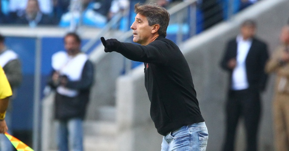 Técnico do Grêmio, Renato Gaúcho, no primeiro Gre-Nal da história da Arena pelo Brasileiro (04/08/2013)
