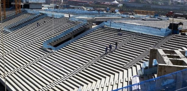 Imagem do lance de arquibancadas atrás do gol onde ficarão os torcedores visitantes do Itaquerão