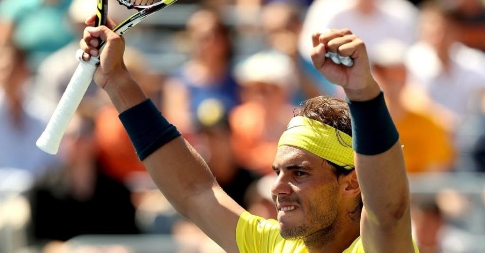 08.08.13 - Rafael Nadal comemora a vitória sobre o polonês Jerzy Janowicz nas oitavas de final do Masters 1.000 de Montréal